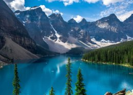 Moraine Lake and the Valley of the 10 Peaks